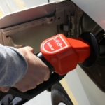 waonは【ガソリンスタンド】でも利用できる?ポイントとか特典はあるの?他は例えばどこで使える?