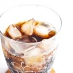 びっくりドンキーの【びっくりコーラ】が消えた?消えた理由や、量と値段を教えて!