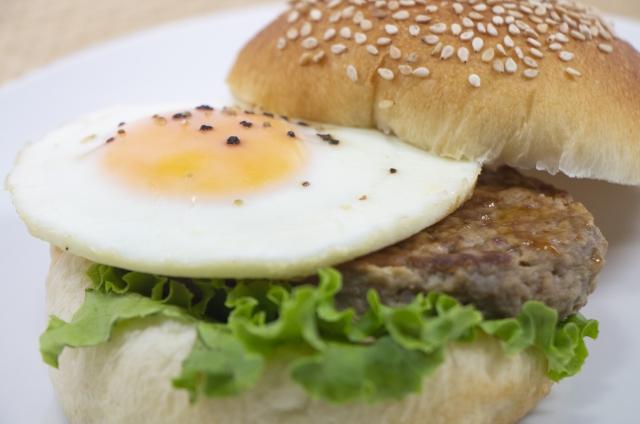 月見バーガー2021の販売期間はいつからいつまで?期間や値段を大予想!
