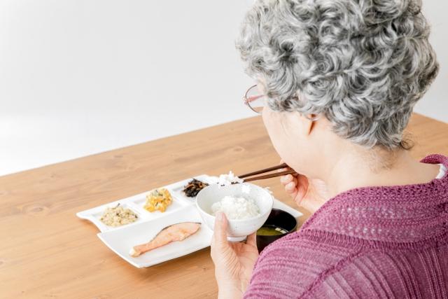 和食さとでシニア割引とは?年齢制限や使い方を解説!
